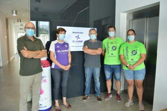 BETELGEUX-CHRISTEYNS firma un convenio de patrocinio con el Club de Córrer El Garbi